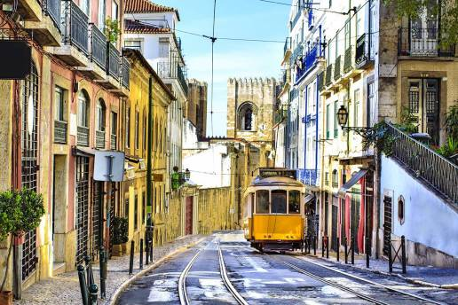 Alfama Trolley
